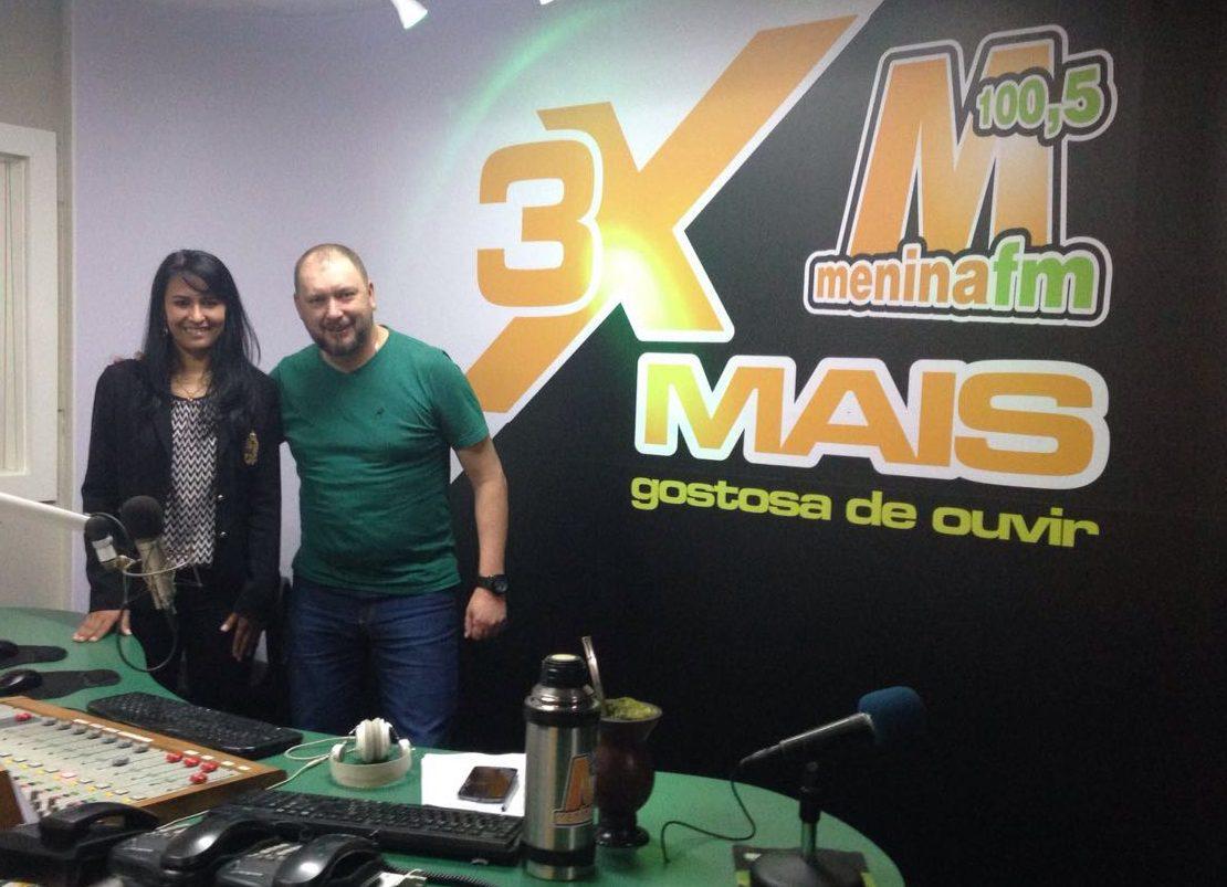 Visitamos a Rádio Menina!