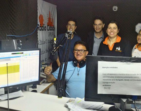 Visita à Rádio Cidade