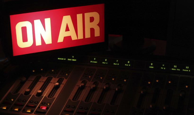 Notícias: Empresas se unem para ampliar tecnologia de rádio digital nos EUA